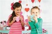Children with Valentines